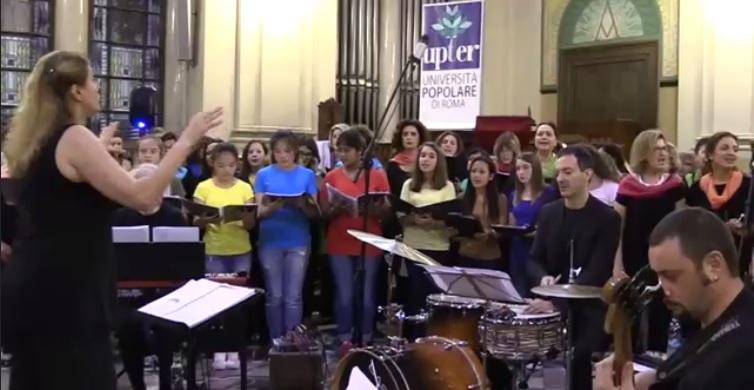 Coro dell'Istituto Comprensivo e coro dell'UPTER.